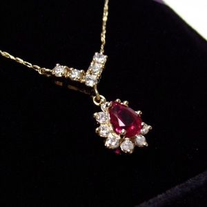 Beautiful 14k diamond and ruby necklace